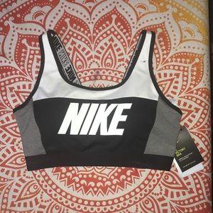 Nike Sports Bra BRAND NEW